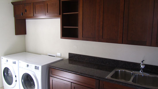Interior Pic #6: Laundry Room