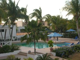 Anacaona, pool