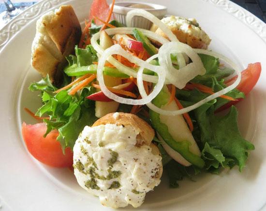 Anguilla restaurant, Valley Bistro, Goat Cheese Salad