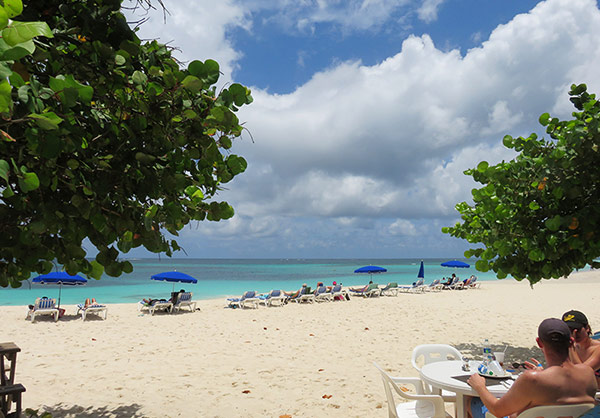 Anguilla restaurants, lunch, Shoal Bay, beachfront