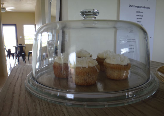homemade hummingbird cupcakes at tea box lounge