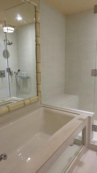 shower and bathtubs inside malliouhana ocean view superior