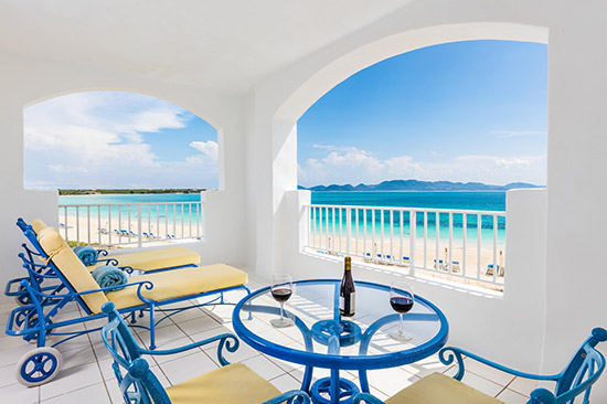 beachfront junior suite at cuisinart