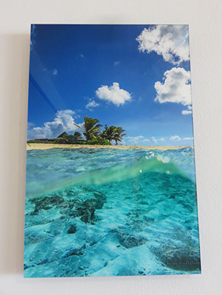 beautiful photography inside the reef hotel rooms