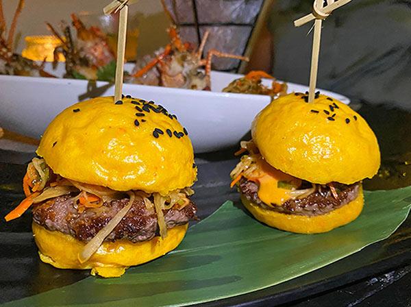 Beef Sliders at IWASATTHEBAR