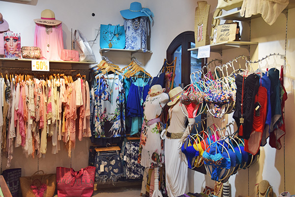 Beachy wear, swimsuits, coverups, hats and bags at Bijoux