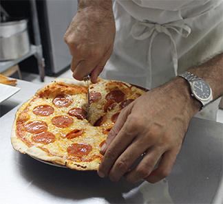 anguilla pizza