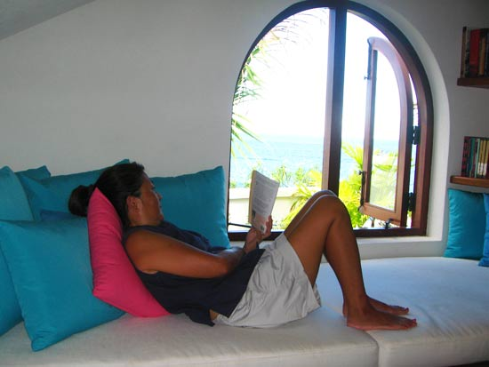 anguilla villa black pearl reading