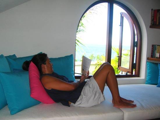 anguilla villa black pearl reading
