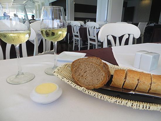 ocean 82 bread and wine