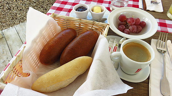 cafe de paris breakfast