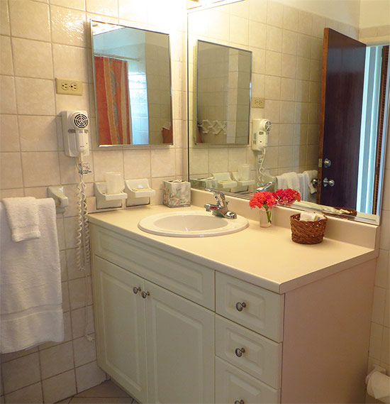 anguilla hotels carimar bathrooms