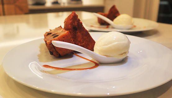 Bread Pudding & Ice-cream