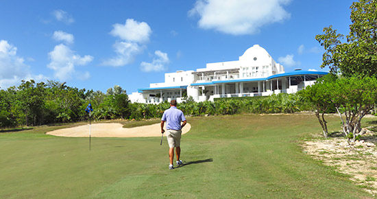 the 18th hole green at cuisinart golf club
