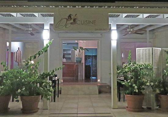 the entrance at de cuisine