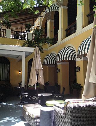 courtyard at el convento hotel