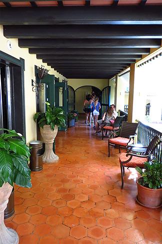 el convento hallway