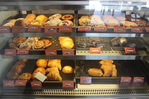 geraud's display of pastries