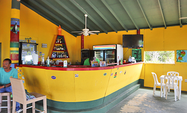 the bar at gwens reggae grill