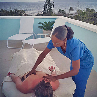 in villa massage by nails r hair