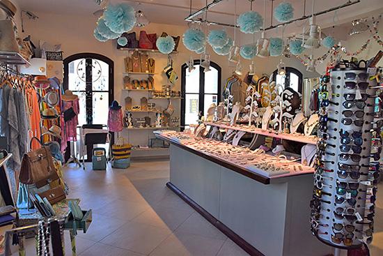 inside bijoux boutique