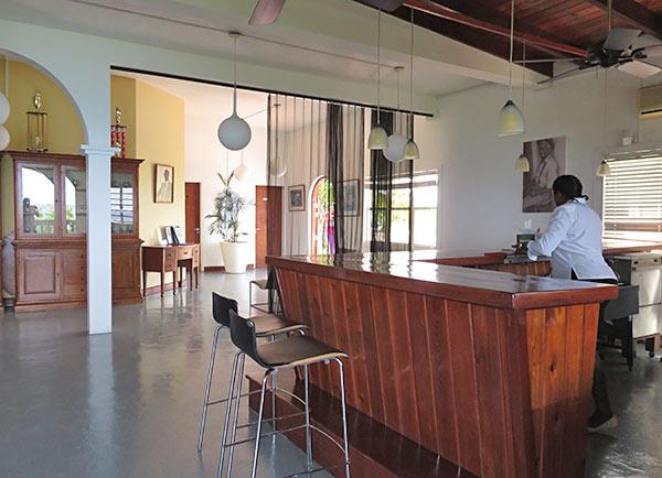 inside romneys restaurant and bar