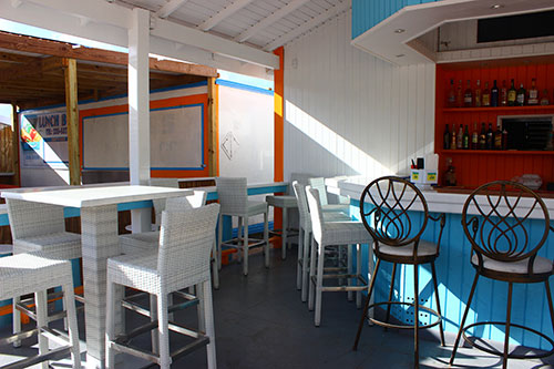 inside sharpys shake shack on the strip