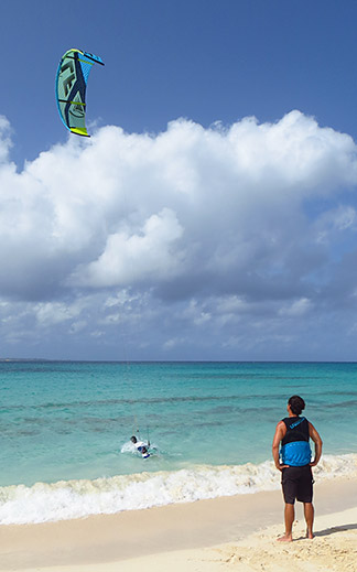 teaching kitesurfing