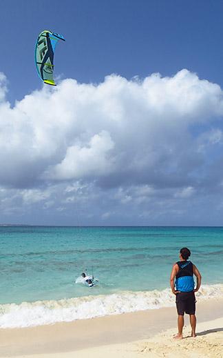 teaching kitesurfing