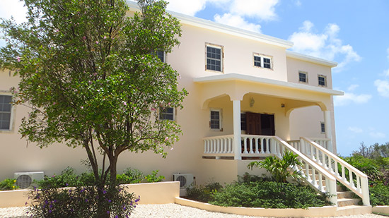 outside of kiki villa anguilla
