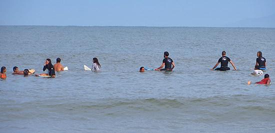la punta surf scene