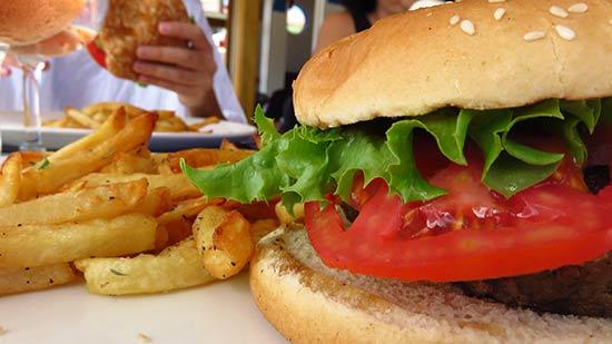 assembling le bar burger