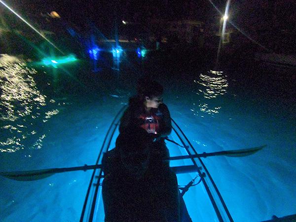 Nori and Louise on Kayaks