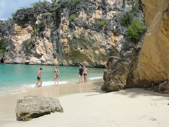 Anguilla beaches, Little Bay