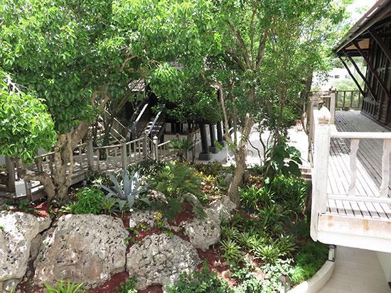 tropical gardens at zemi thai house spa