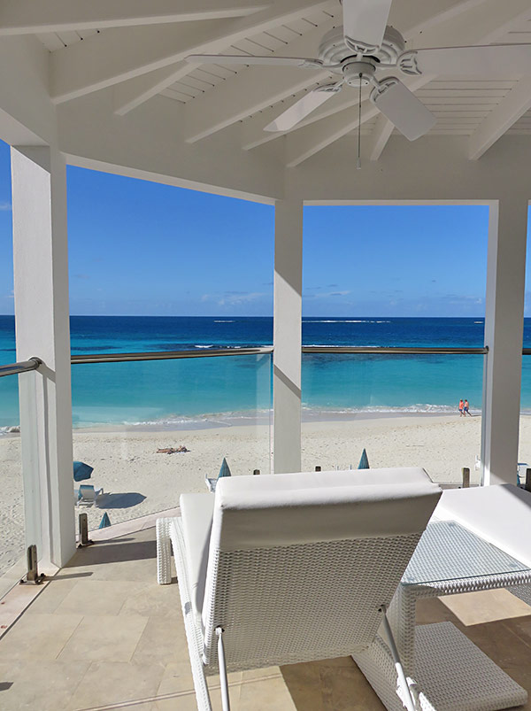 manoah beachfront balcony