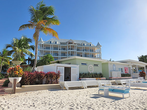 manoah boutique hotel on shoal bay east