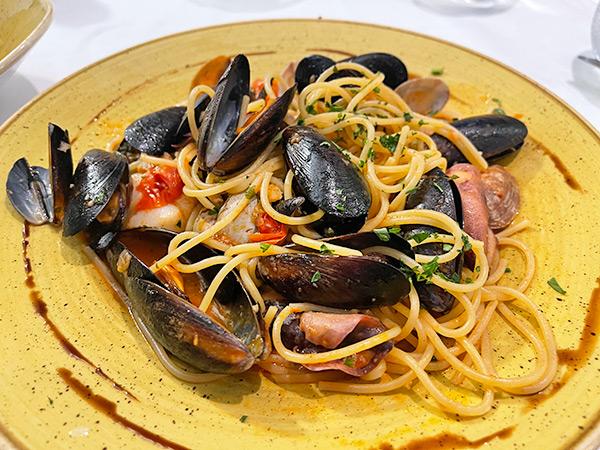 Spaghetti Pescatore at Sale & Pepe