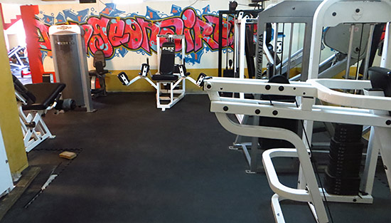 dungeon gym weight rooms