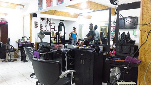 salon work station