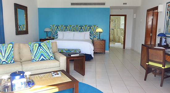 deluxe junior suite bedroom