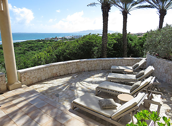 outdoor living at bird of paradise villa