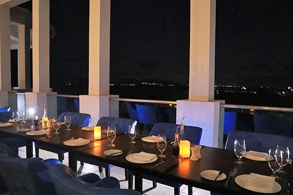 Santorini By Cuisinart Outside dining room