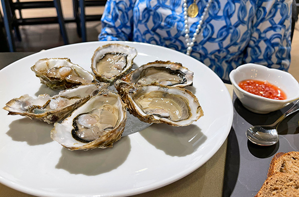 Fresh Oysters at Bacchus