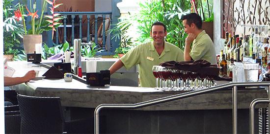 patio del nispero el convento hotel bar