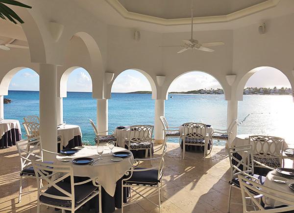 restaurant seating inside pimms cap juluca