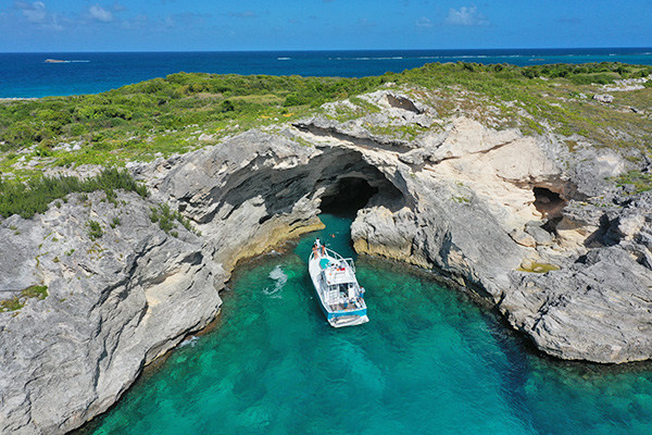 Prickly Pear West with Anguilla Charters- Rum & Reel