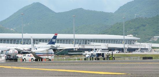 Princess Julianna Airport Tarmac