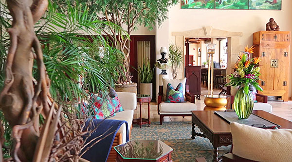 quintessence hotel lobby