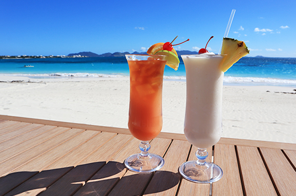 Rum punch and Pina colada at The Beach Bar and Grill at Cuisinart